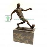 бронзовая фигурка статуэтка Футболист футболиста интернет аукцион антиквариата 16см старт 130 евро