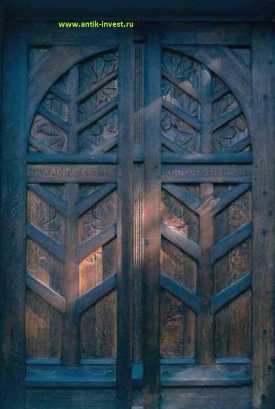 та самая дверь на фабрику Gallé