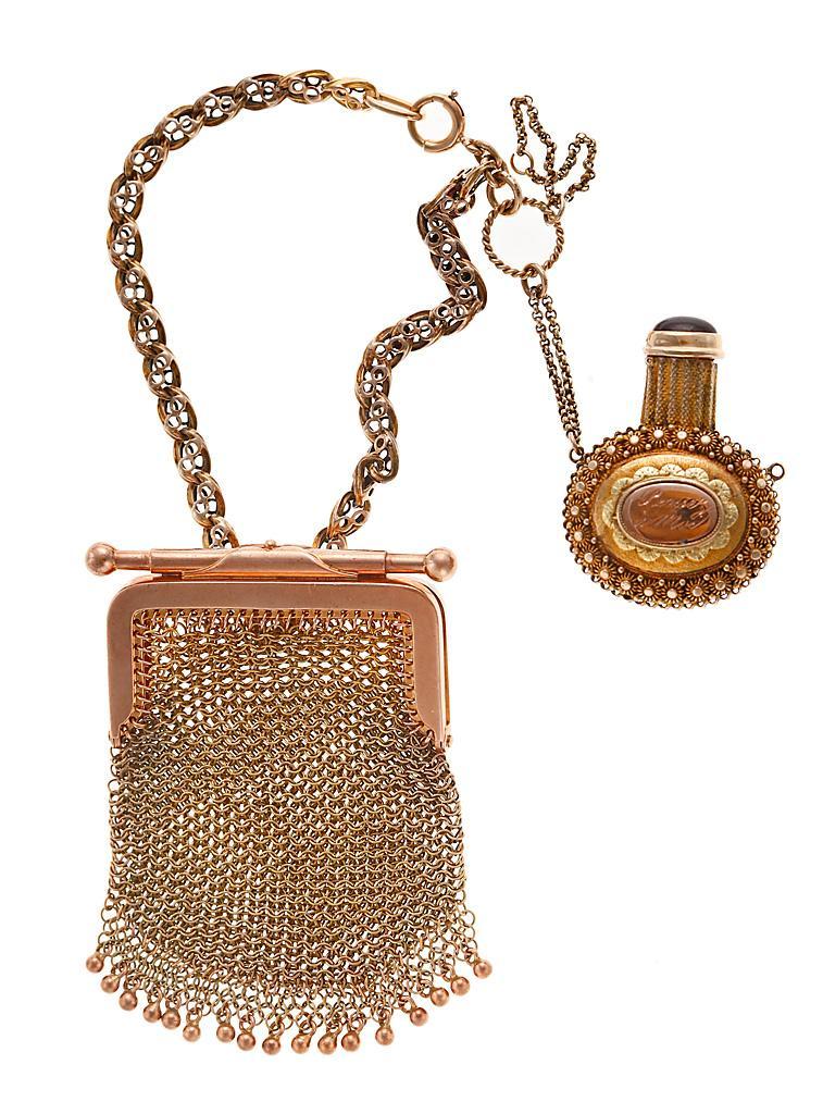золотой кошелек шатлен и флакон из золота