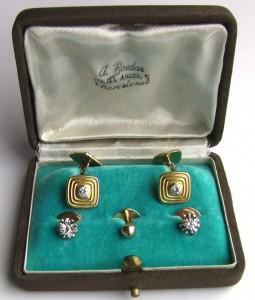 золотые запонки с бриллиантами и пуговицами платина в подарочном родном футляре