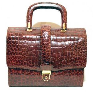 кожаная сумка из крокодила портфель