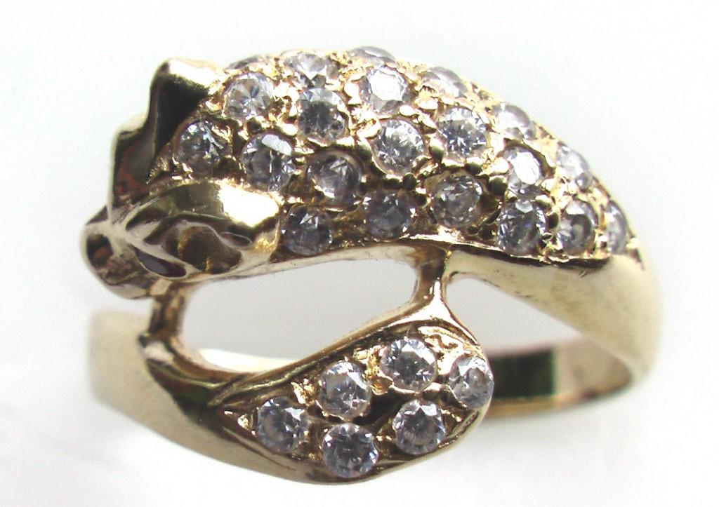купить золотое кольцо с головой пантеры