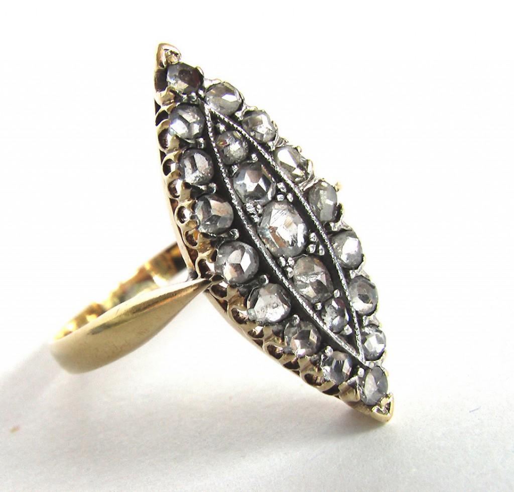 Ювелирные украшения старинное золотое кольцо маркиза с бриллиантами ... eaeb3614835