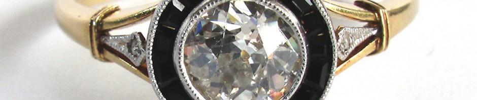 кольцо с бриллиантом и сапфирами 2