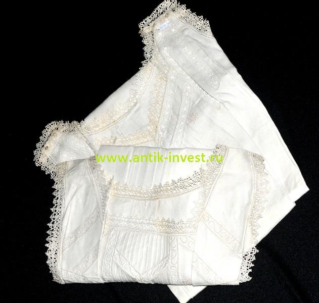 старинный текстиль комплект две старинные льняные ночные рубашки с отделкой ручным кружевом