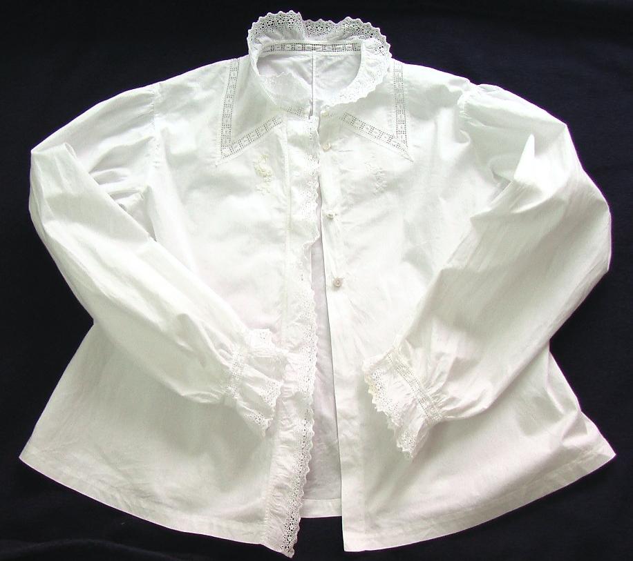 старинная рубашка кофта с длинным интересным рукавом продажа антиквариата старинный текстиль и кружево