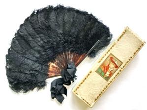 веера из перьев