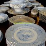 продажа старинного фаянса фарфора аукцион столовой посуды