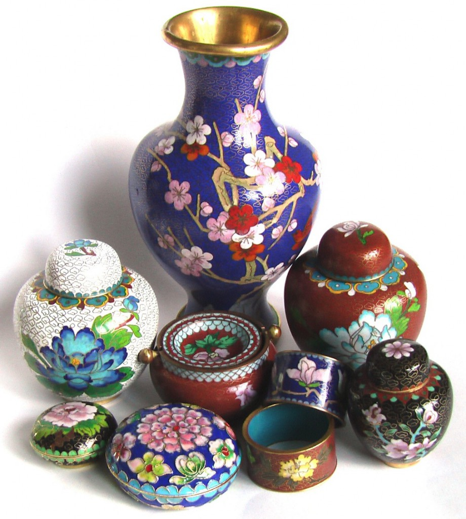 подарок на новый год китайская перегородчатая эмаль клуазоне ваза чайница шкатулка