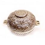 серебряная ювелирная коробочка 6,5 на 12 см, вес 145 грамм, старт 85 евро