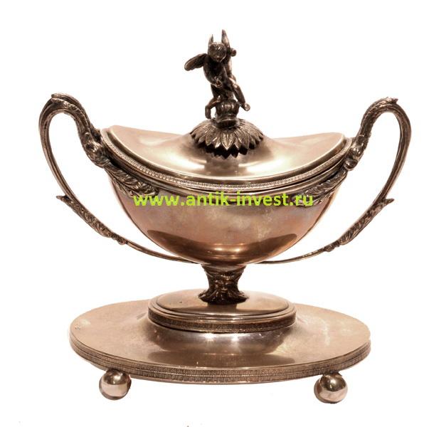 серебряный соусник с крышкой 22 см вес 1 кг