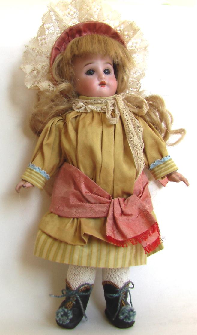 купить старинную антикварную фарфоровую куклу