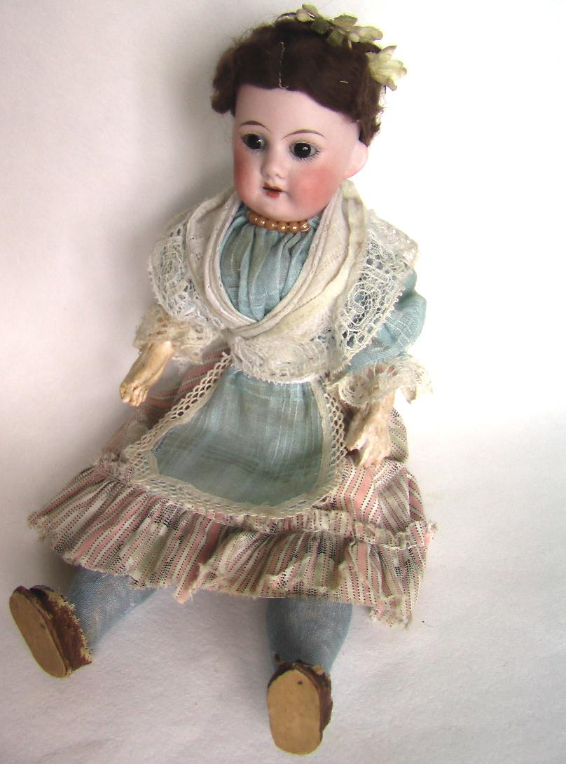 купить фарфоровую антикварную куклу