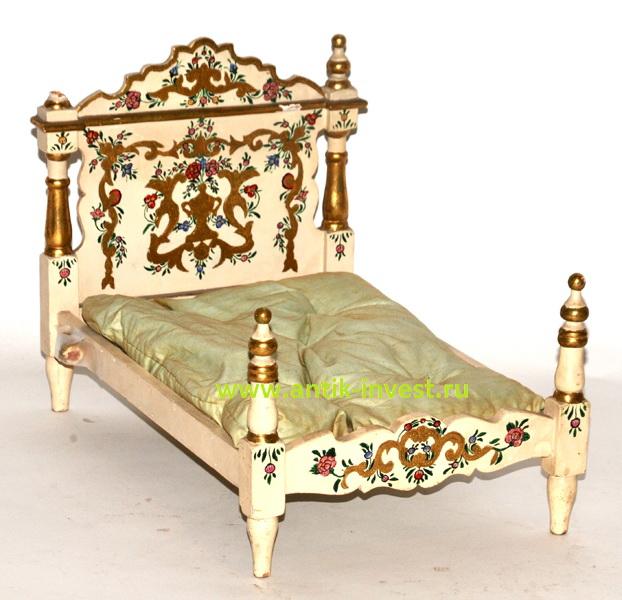 старинная деревянная кровать для кукол дерево 30 на 38 на 25 см