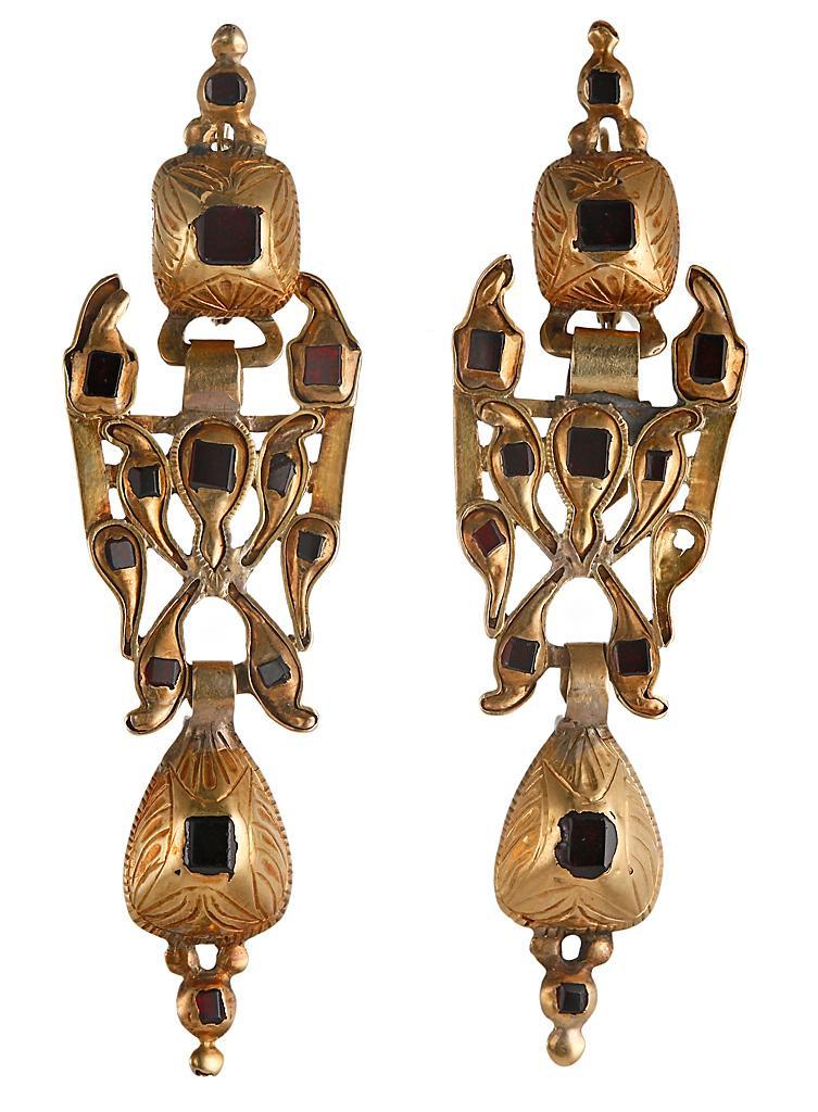 старинные золотые серьги с гранатами 18-19 век Испания 2