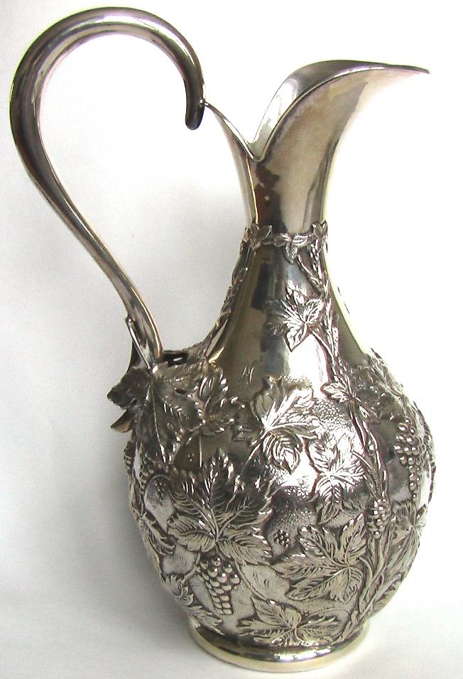 старинный серебряный кувшин подарок на новый год 2012