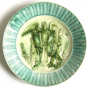 коллекционные фарфоровые фаянсовые декоративные тарелки русско французский альянс