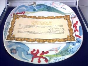 фарфоровая коллекционная тарелка Сальвадор Дали с сертификатом