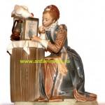 фигурка девушка у зеркала фарфоровая статуэтка LLADRO 26 см