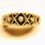 перстень золотой 18Кс синей эмалью и бриллиантами старт 850 евро