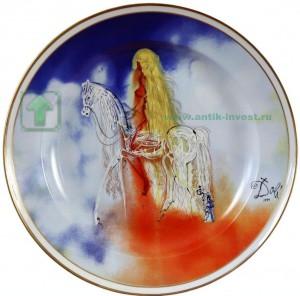 Сальвадор Дали тарелка подпись